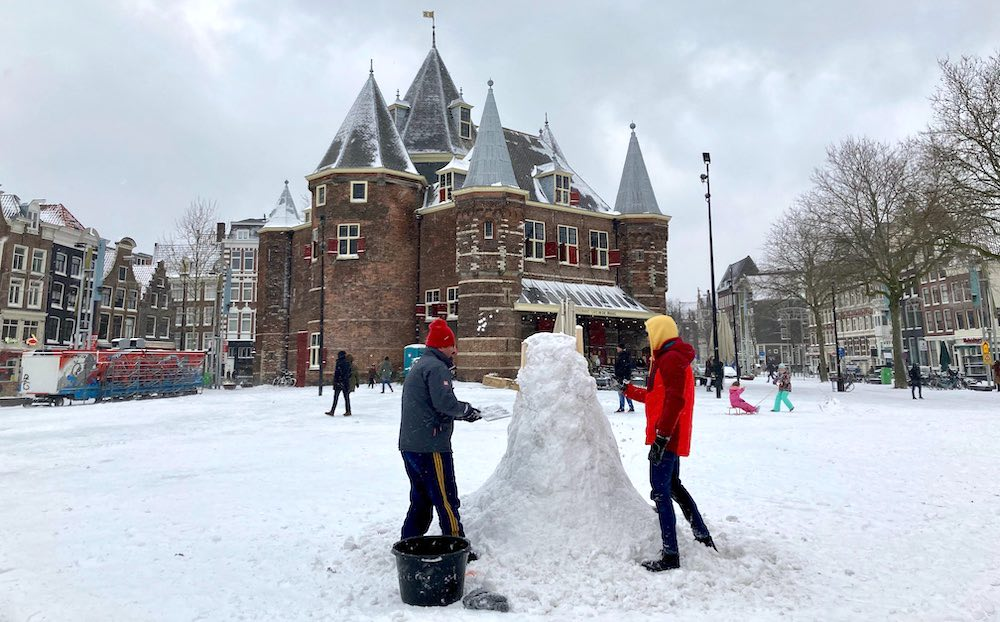 does it snow in amsterdam