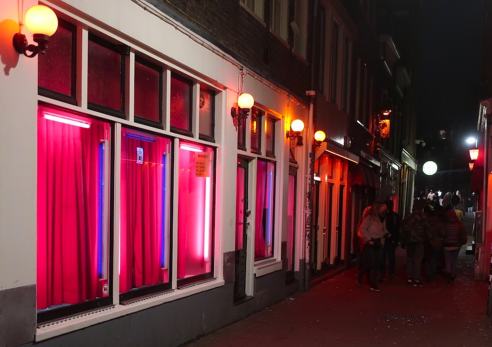 amsterdam red light district open