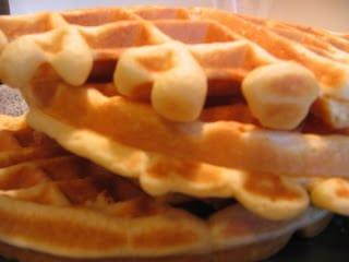 Weekend Favorites: Quick Waffles