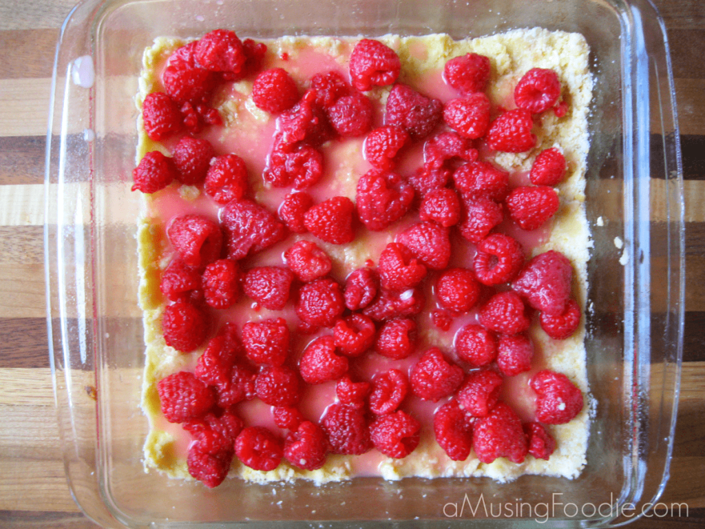 raspberry desserts, raspberry crumble bar recipe, raspberry crumble, raspberry recipes