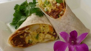 breakfast burrito  3 Breakfast Recipes under 300 Calories. breakfastburito