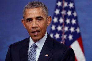 الرئيس الأمريكي باراك أوباما يتحدث في مؤتمر صحفي في فرجينيا يوم الخميس. تصوير: جوناثان إرنست - رويترز.
