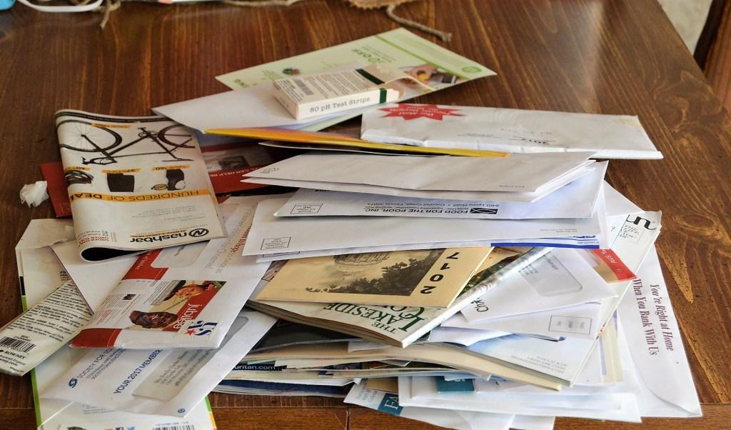 Decluttering challenge, paper.
