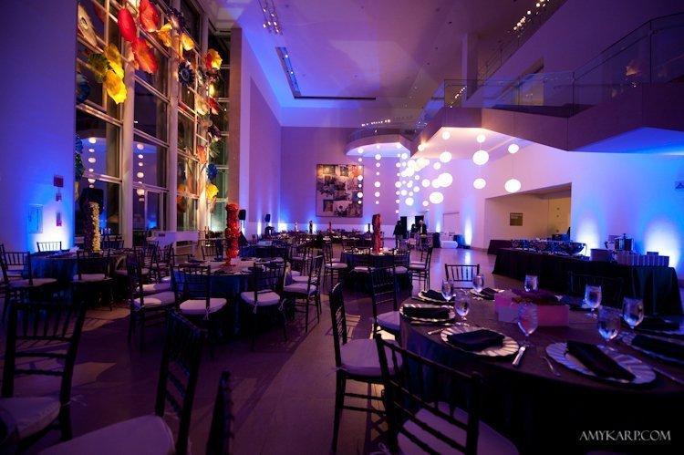 dallas museum of art wedding by dallas wedding photographer amy karp