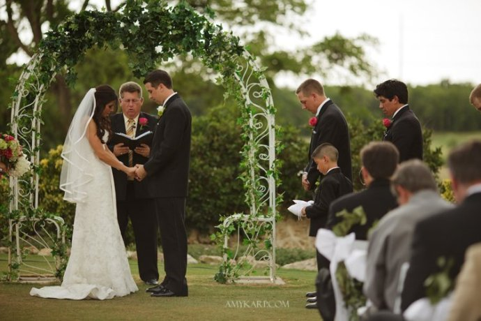fort worth texas wedding of vianey and matt by dallas wedding photographer amy karp (9)