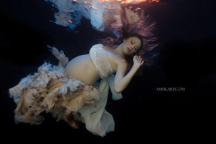 dallas underwater maternity photography by wedding photographer amy karp (1)