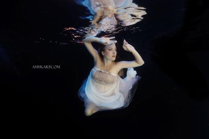 dallas underwater maternity photography by wedding photographer amy karp (12)