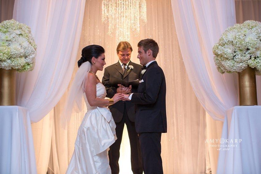 dallas-wedding-photographer-rayven-alex-city-place-039