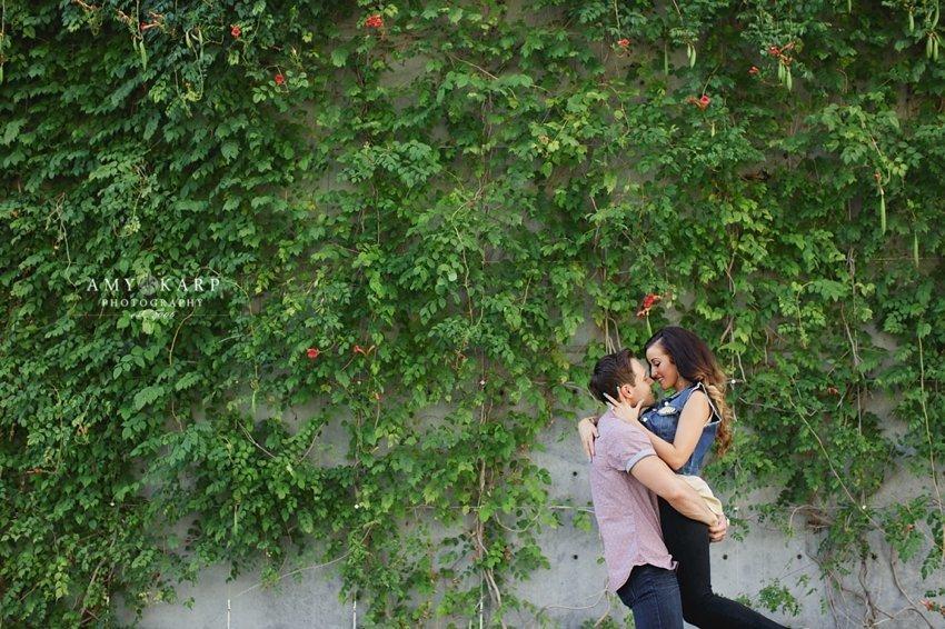 dallas-wedding-photographer-downtown-fashion-engagement-session-jenn-cory-007