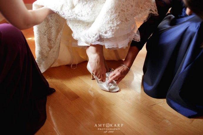 amy-karp-photography-milwaukee-lake-michigan-wedding-10