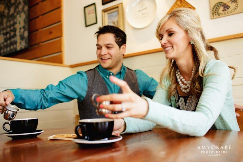 dallas-wedding-photographer-bishop-arts-engagement-session-jessica-daniel-08