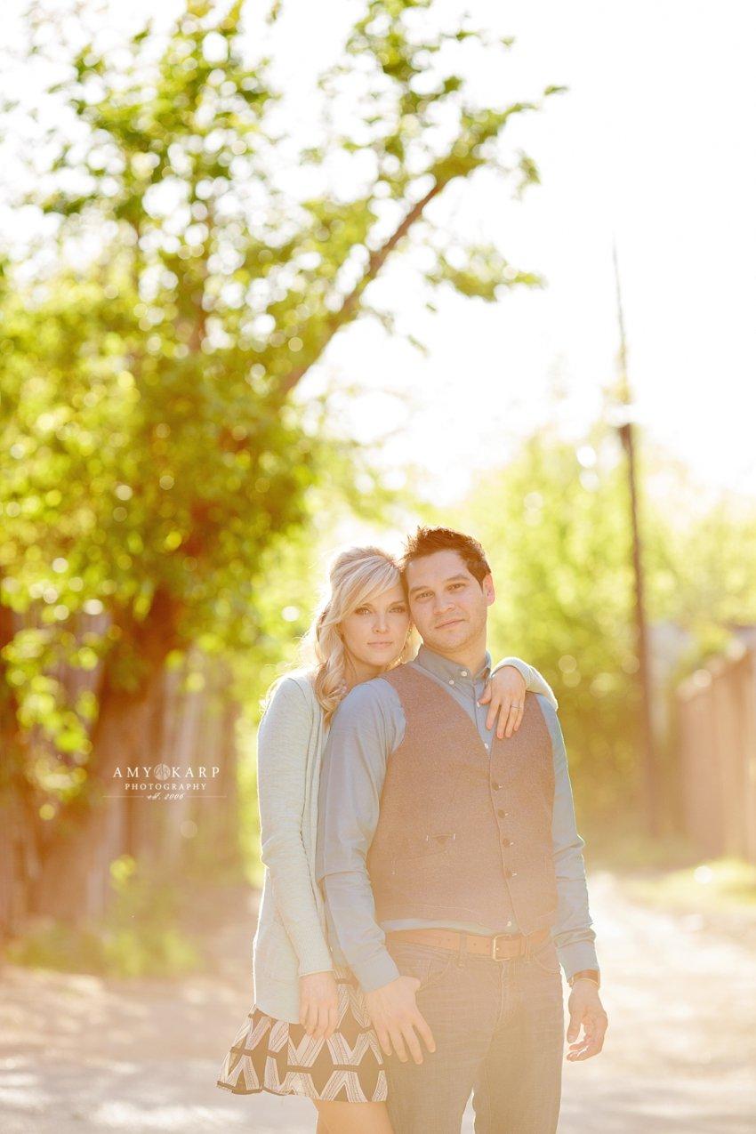 dallas-wedding-photographer-bishop-arts-engagement-session-jessica-daniel-18