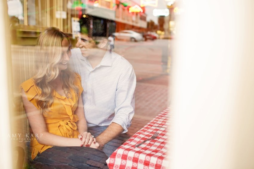 dallas-wedding-photographer-oyster-bar-engagement-session-15