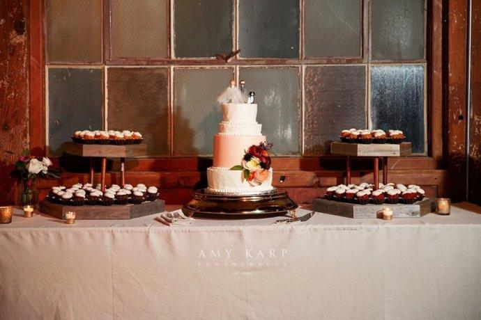 mckinney-cotton-mill-wedding-by-dallas-wedding-photographer-amykarp-ashley-aaron-41
