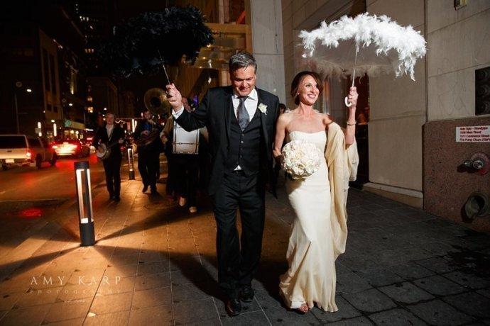 dallas-wedding-photographer-lauren-mike-joule-hotel-44