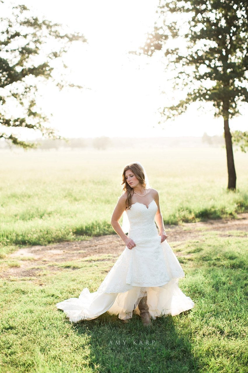 classic-oaks-wedding-mansfield-bridal-lauren-03
