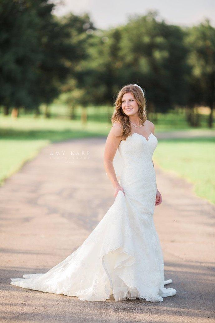 classic-oaks-wedding-mansfield-bridal-lauren-05