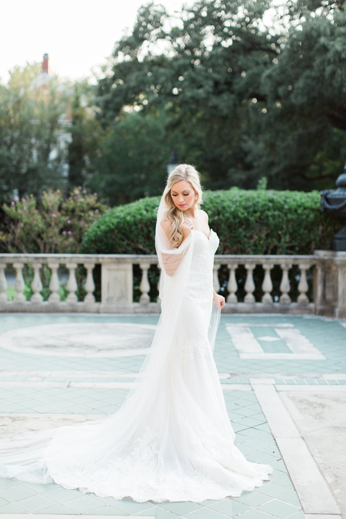 dallas-bridal-wedding-portrait-photographer-aldredge-house-emily-15.jpg
