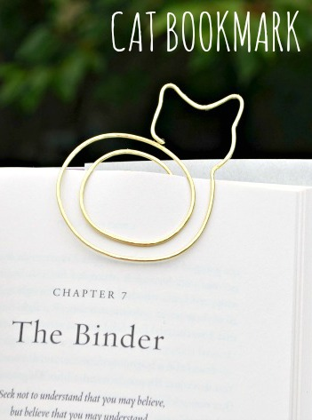 Hammered Wire Cat Bookmark