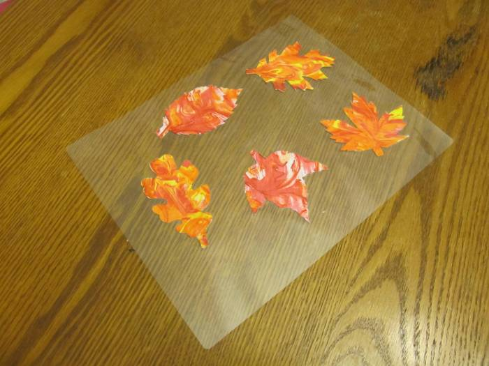 Marbled Leaf Mobile
