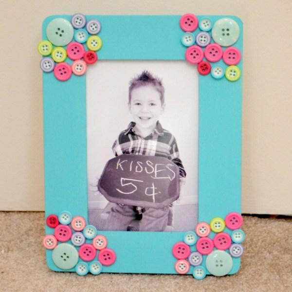 Button Photo Frame