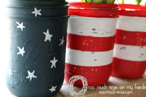 Mason-Jar-Flag-Vases-for-Memorial-Day-or-July-4th-l-Too-Much-Time-on-My-Hands-2-copy