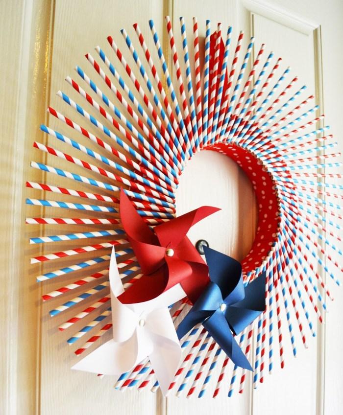 Striped Straw Pinwheel Wreath Side