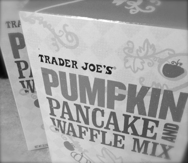 trader joe's pumpkin pancake and waffle mix