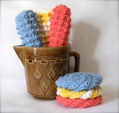 Nubbie scrubbies