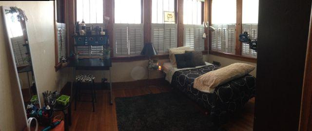 Clean teen girl's room