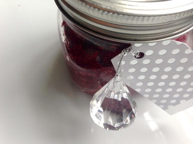 mason-jar-gift-cranberry-chia-jam