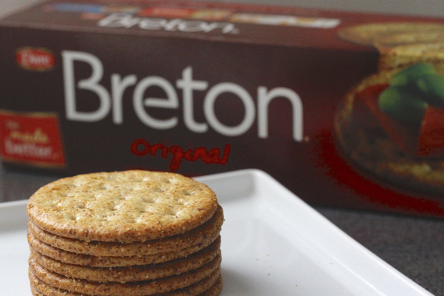 Breton-Cracker-Product