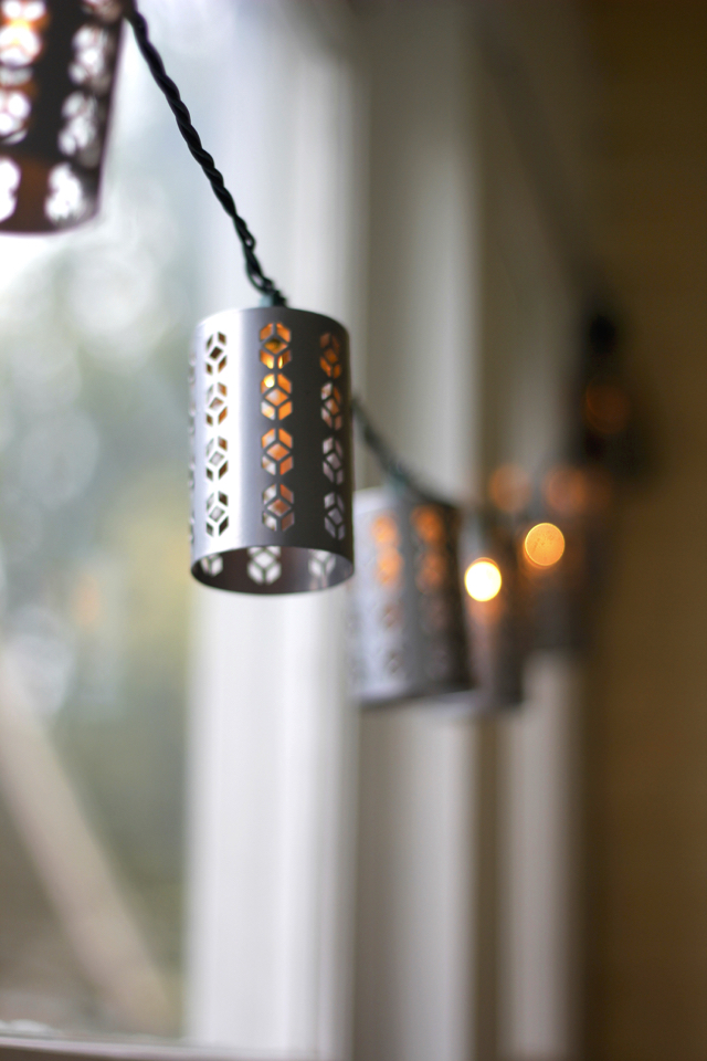 string-lights-sunroom