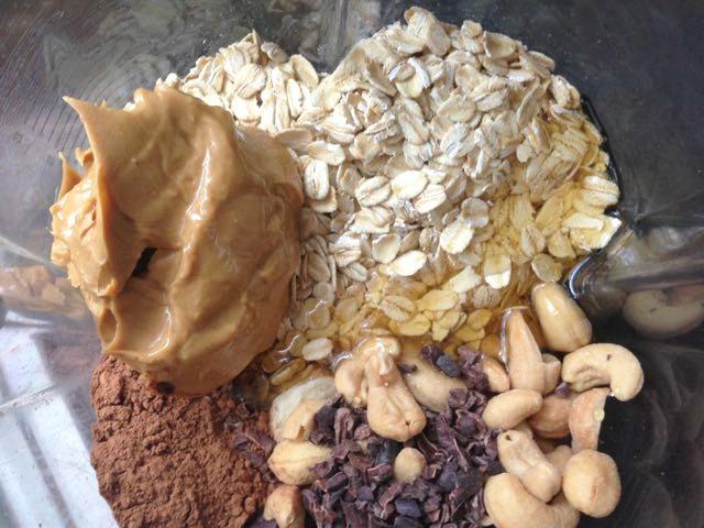 3 Healthy Smoothies That Taste Like Dessert