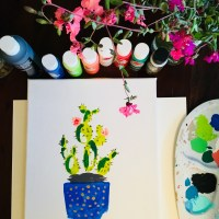 Learn how to paint a simple cactus. This tutorial is fun and you can share it with your kids!