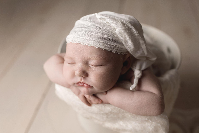 Kitchener Newborn Photographer-25