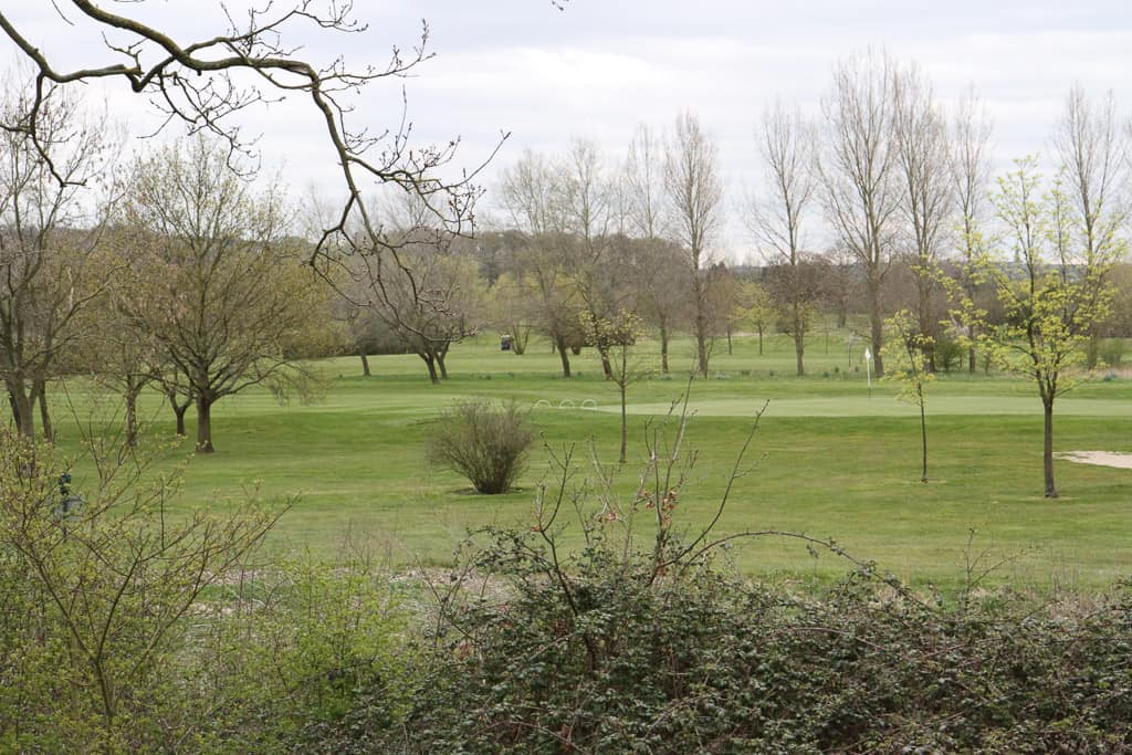 The golf course at Belton Woods Q Lodges