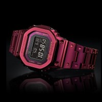 Casio G-Shock GMW-B5000RD-4JF เติมสีสันบนข้อมือ