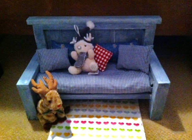 Ana White American Girl Doll Couch DIY Projects