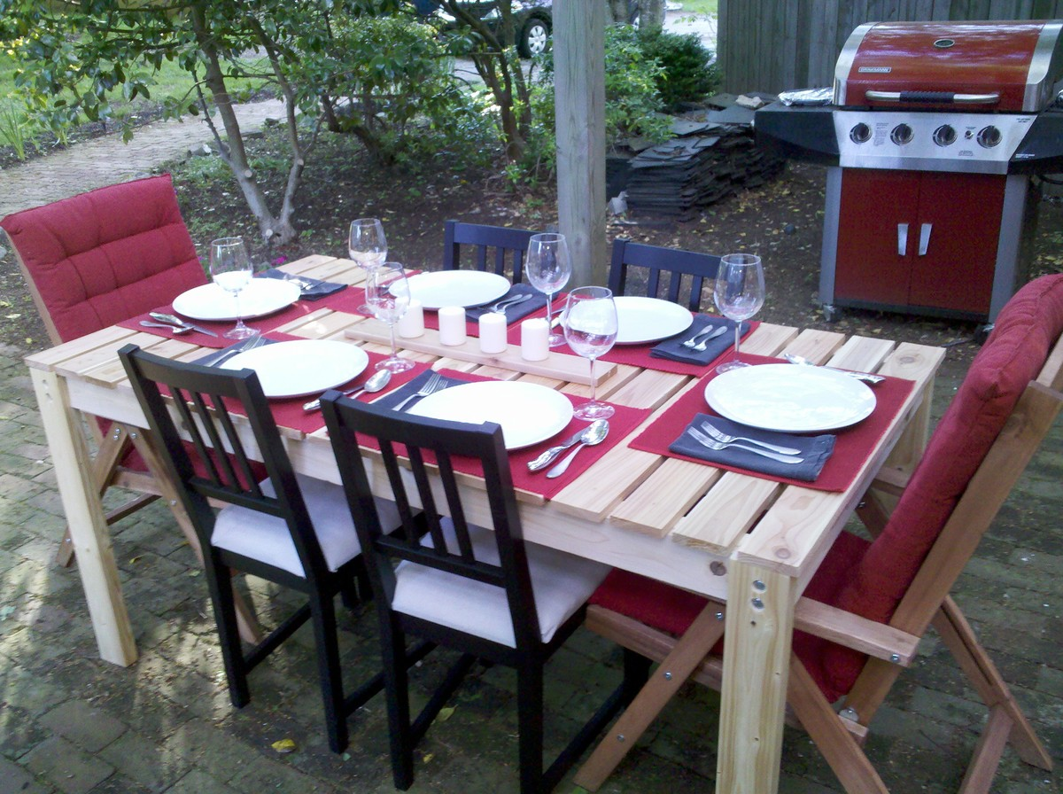 Ana White   Simple Cedar Outdoor Dining Table   DIY Projects Simple Cedar Outdoor Dining Table