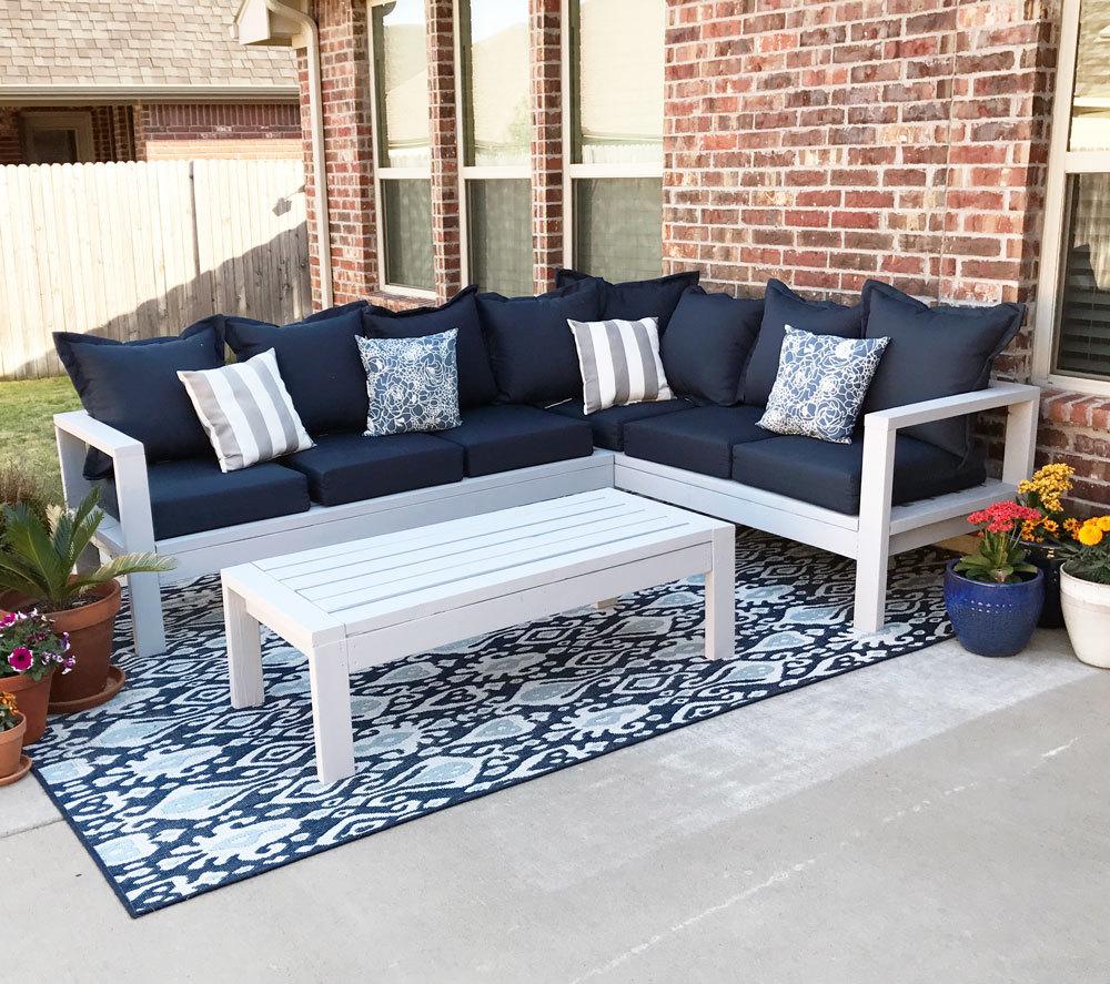 2x4 outdoor sofa ana white