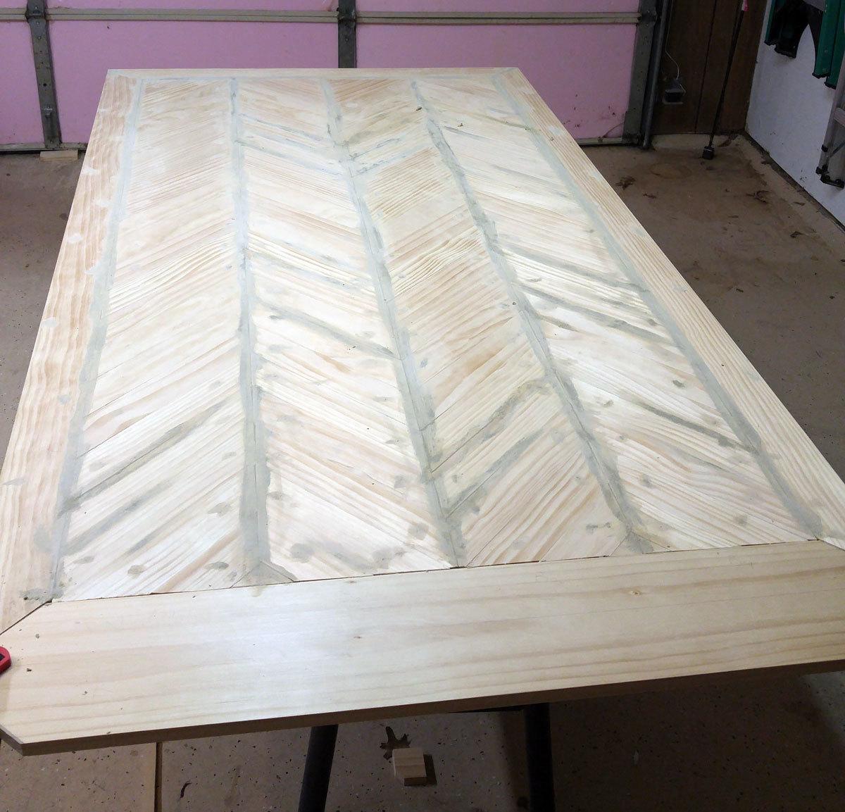 Ana White Pedestal Table Herringbone Top DIY Projects
