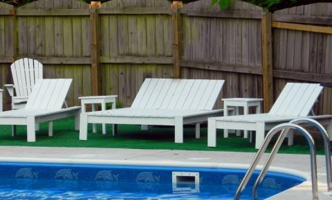 modern double outdoor chaise lounger