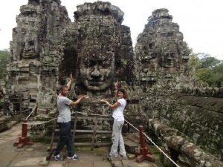 Caras de Buda