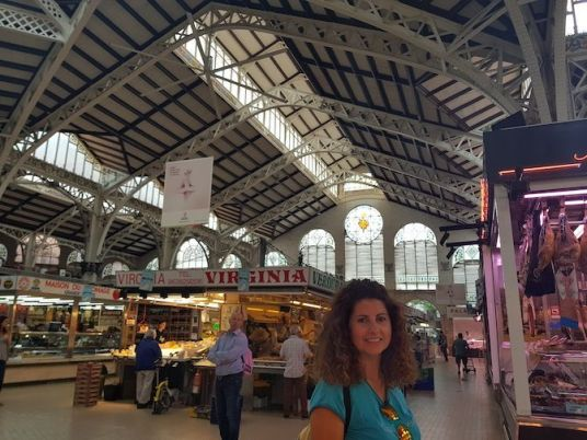 Interior mercado Valencia