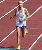 endurance training reduces testosterone levels