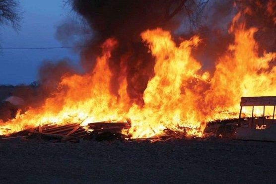 Onitsha Fire Incident: Fire Razes Onitsha Bridge Head Market
