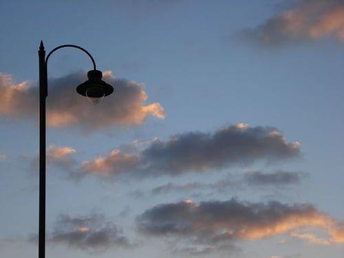 Lampu mati (ilustrasi oleh admin)
