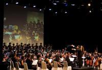 Kolaborasi OSUI Mahawaditra dan PSM Paragita dalam Konser Dekapan Asa Untuk Nusantara