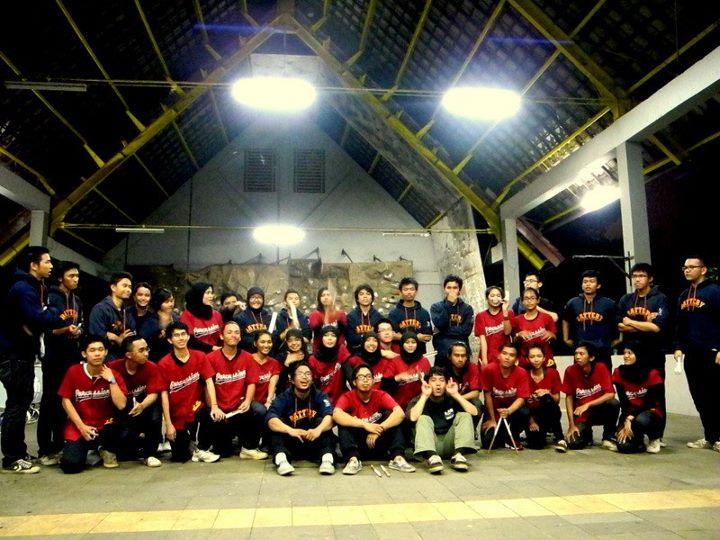 MBUI Drumline dan MBWG ITB Drumline